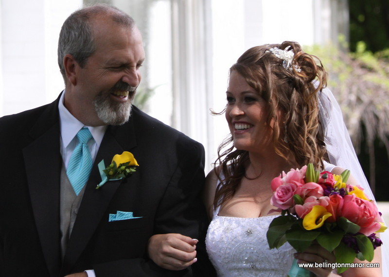 Chantilly Mansion bride with father